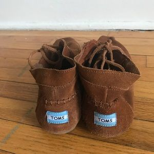 Toms Moccasin Tribal Booties Size 10 Women's